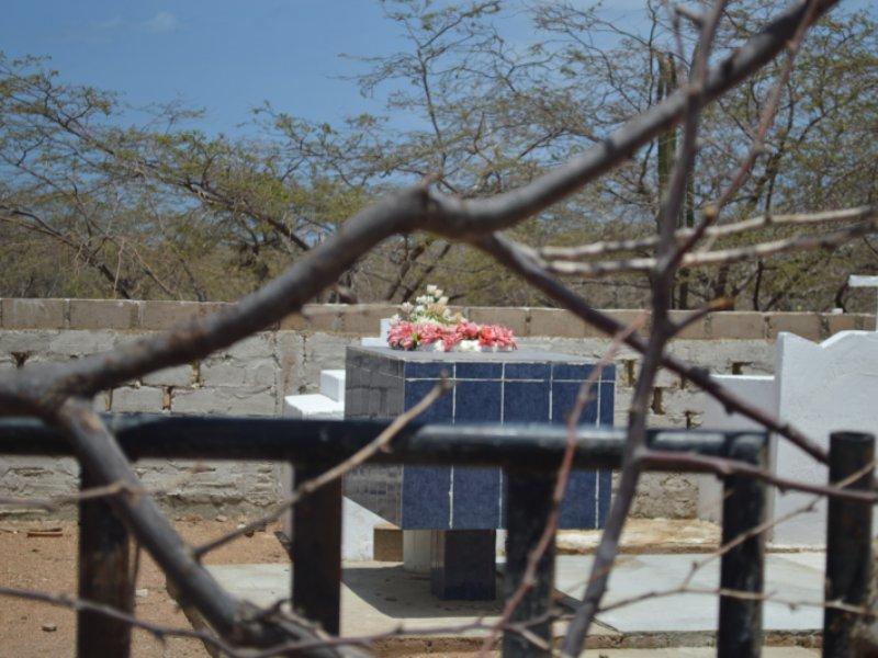 Tumba en Cementerio Wayuu